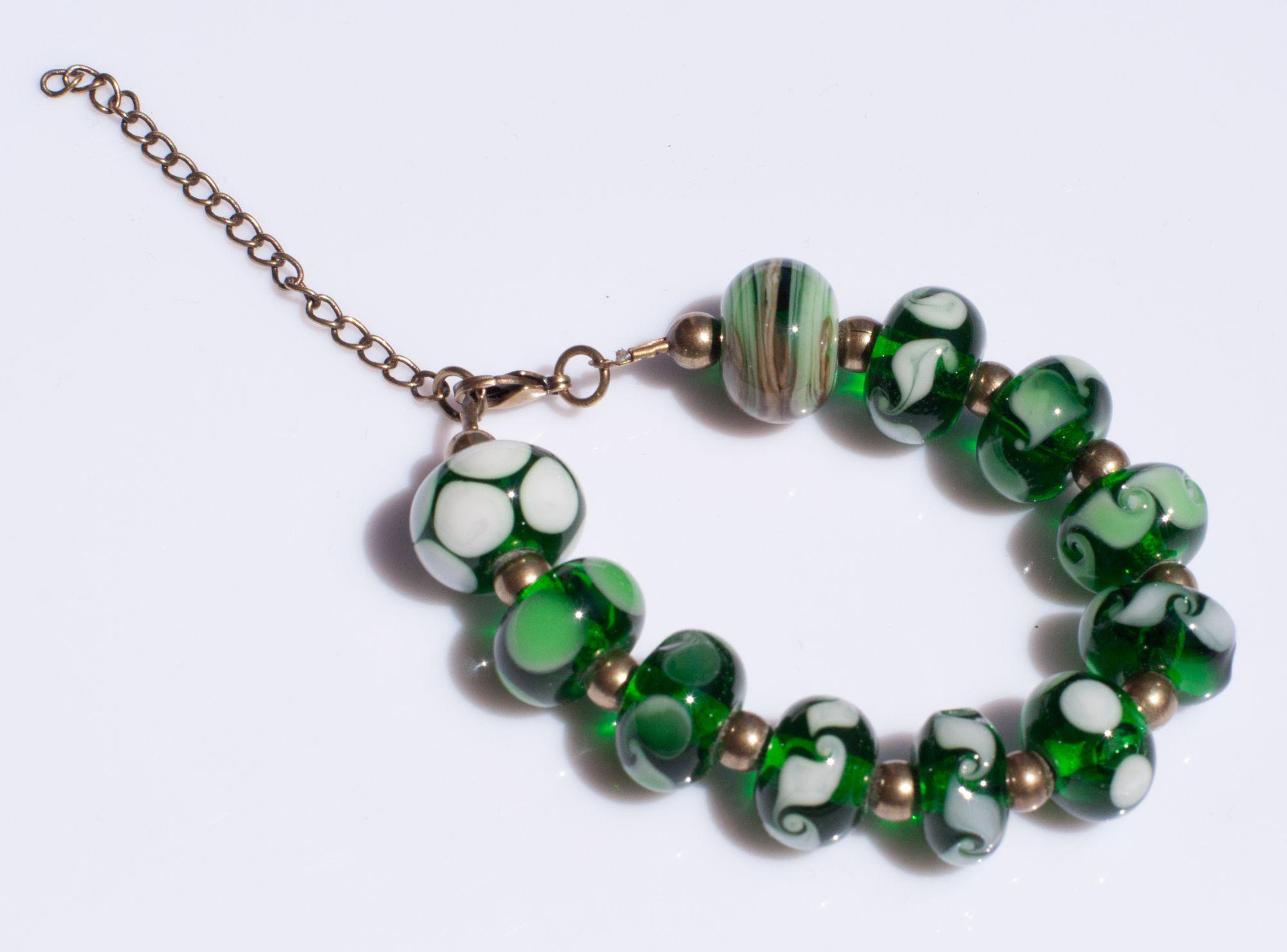 Bracelet en verre filé au chalumeau